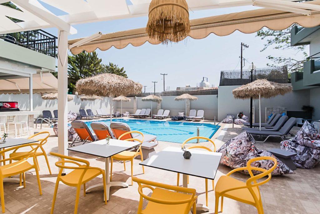 Natali Hotel Balcony